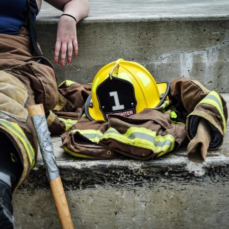 career-firefighter-relaxing-job-700x467